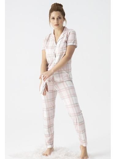Pemilo Kadın 5584-7 Ekose Desenli Önden Düğmeli Kısa Kol Pijama Takımı PUDRA Pudra